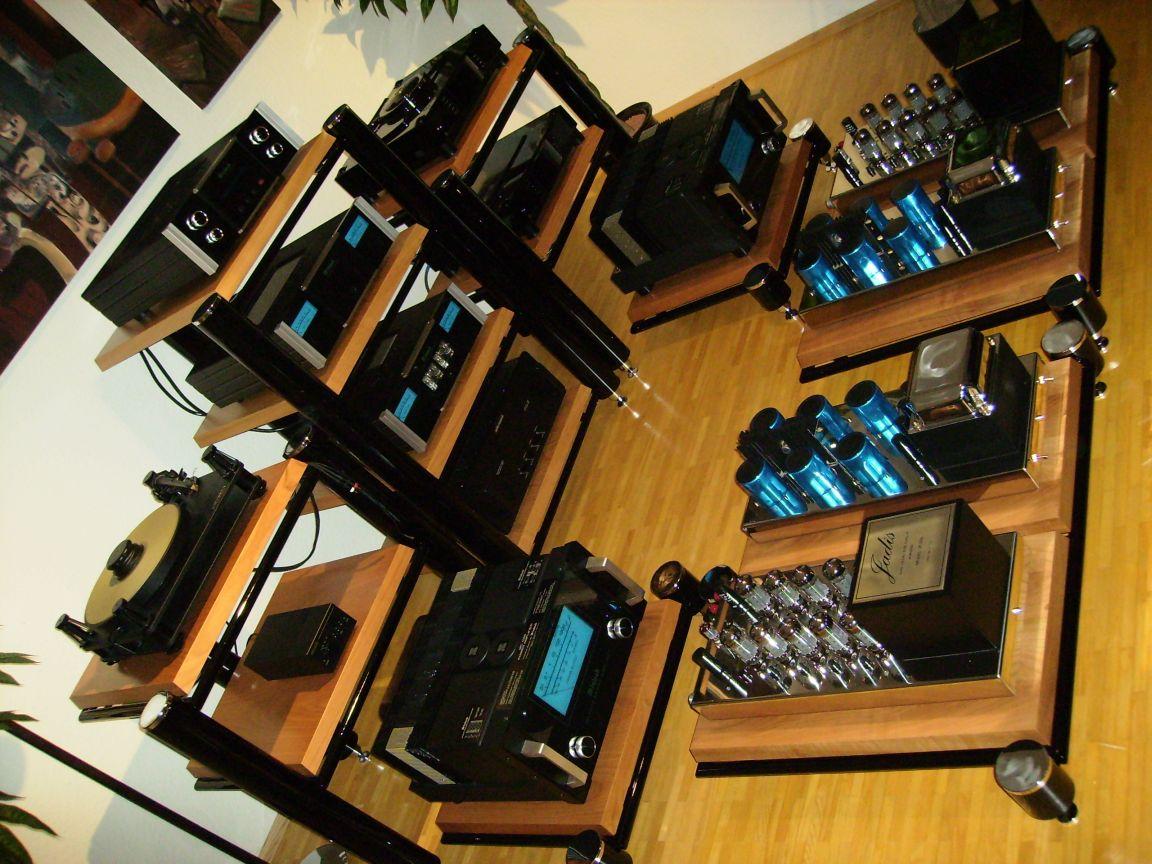 musikzimmer hifi gebraucht kaufen und verkaufen hifi anlagen f r unicef auf. Black Bedroom Furniture Sets. Home Design Ideas
